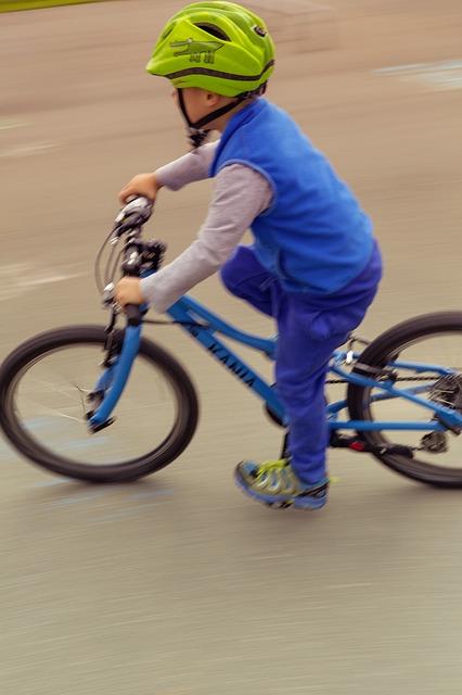 子供が自転車に乗れるようになる練習方法画像