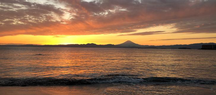 一色海岸の夕日