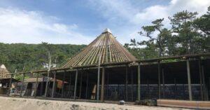 海の家BlueMoon 三角屋根のアップ