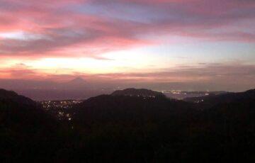 湘南国際村グリーンパークの夜景